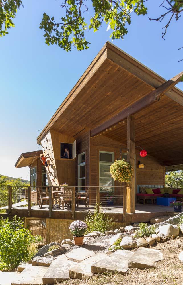 wagner-design-studio-elk-river-estates-climbing-wall-2