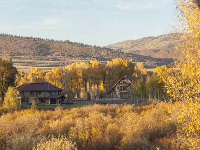 wagner-design-studio-equestrian-ranch-barn-01
