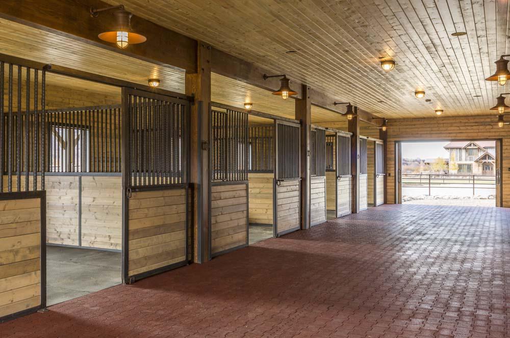 wagner-design-studio-equestrian-ranch-barn-10