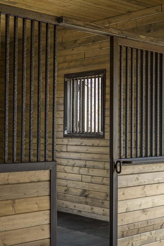 wagner-design-studio-equestrian-ranch-barn-14