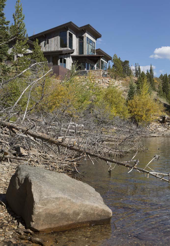 wagner-design-studio-lakeside-retreat-residence-07