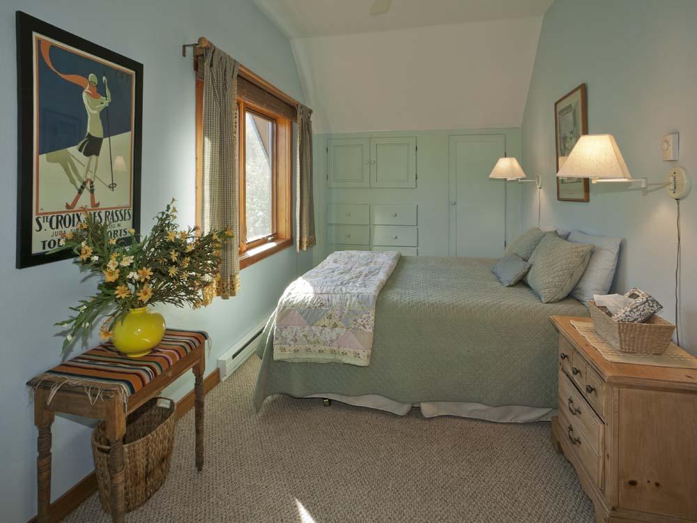 wagner-design-studio-mountain-cabin-teepee-residence-11