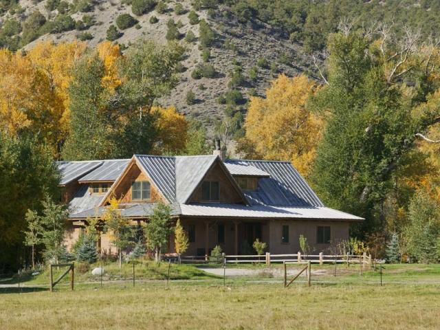 wagner-design-studio-mountain-cabin-teepee-residence-13