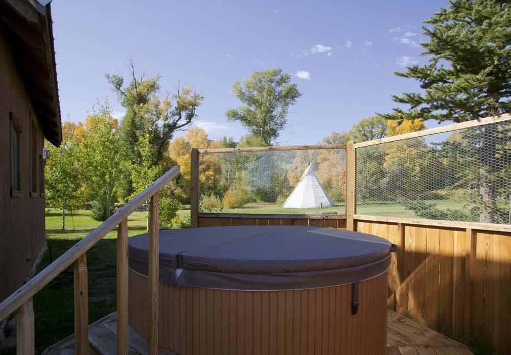 wagner-design-studio-mountain-cabin-teepee-residence-17